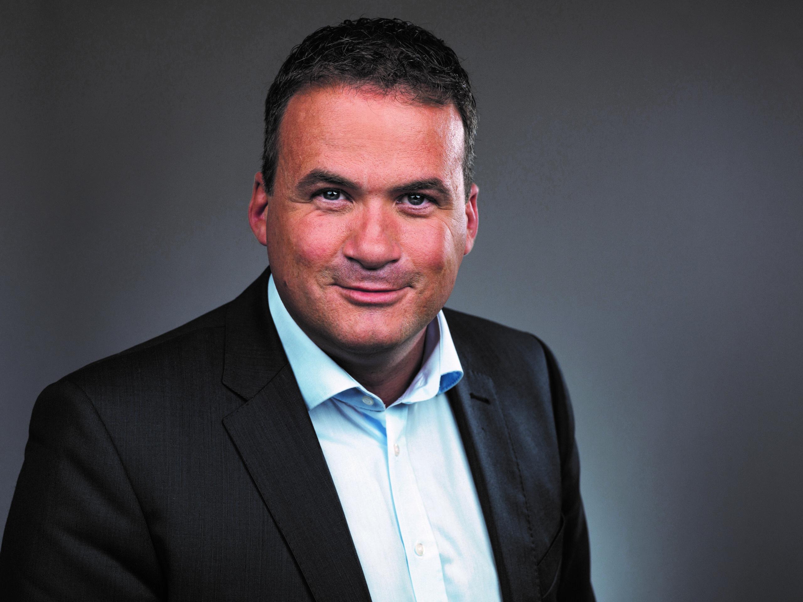 Porträt Bad Nenndorfs Stadtdirektor Mike Schmidt
